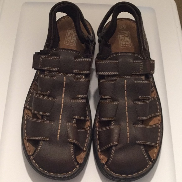 Faded Glory Other - Faded Glory men's brown fisherman sandals size 13